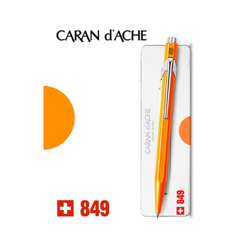 Bolígrafo Caran d'Ache 849 Naranja Fluo
